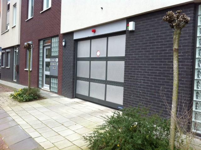 Garage Huren Amersfoort : Garagebox spoorstraat te huur in amersfoort nederwoon