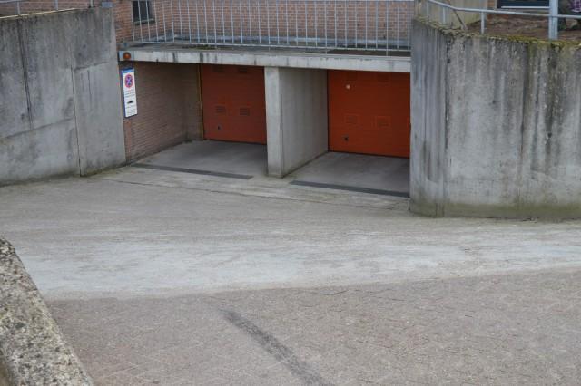 Garage Huren Apeldoorn : Parkeerplaats kalverstraat te huur in apeldoorn nederwoon