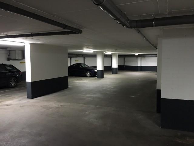 Garage Huren Amersfoort : Parkeerplaats zwanenhalssteeg te huur in amersfoort nederwoon